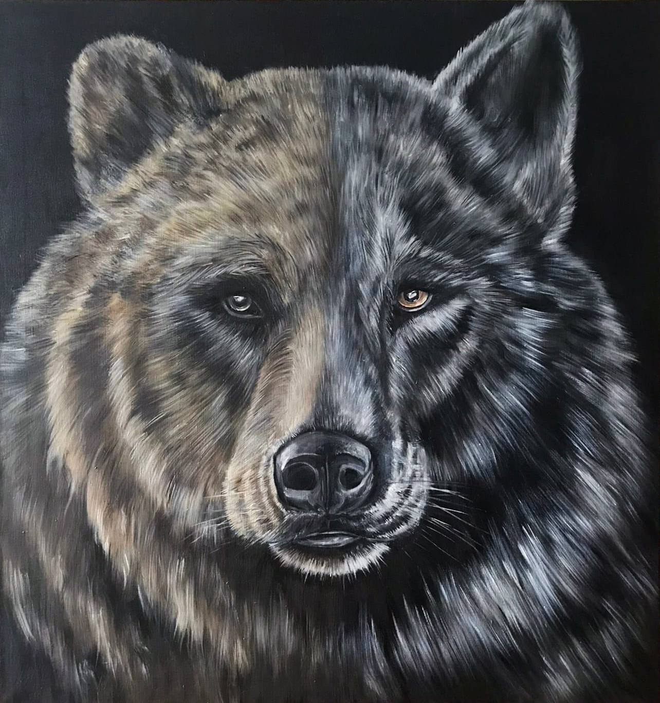 Painting portrait of bear and wolf